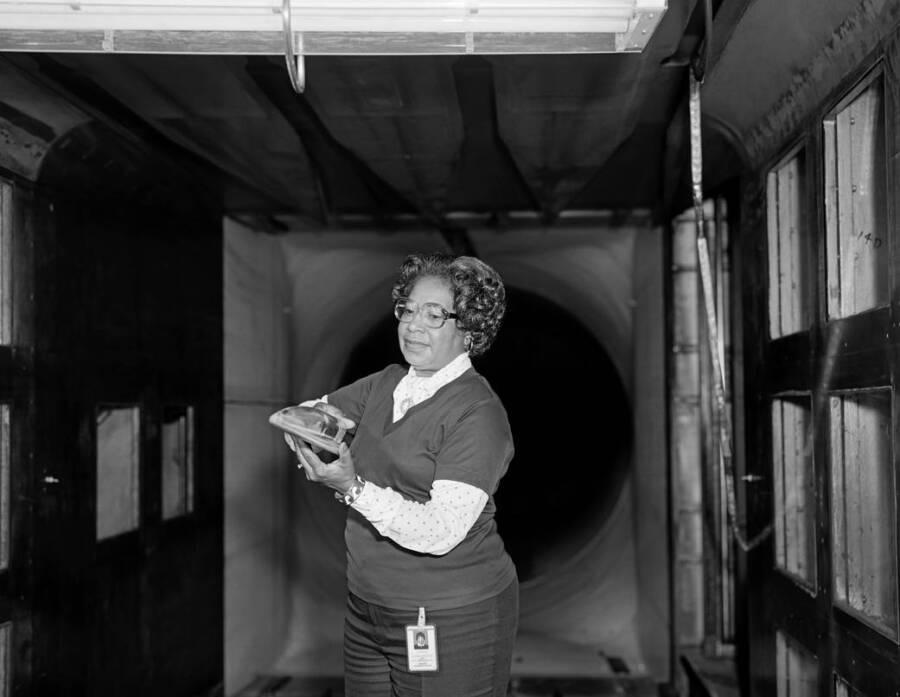 Mary Jackson no trabalho