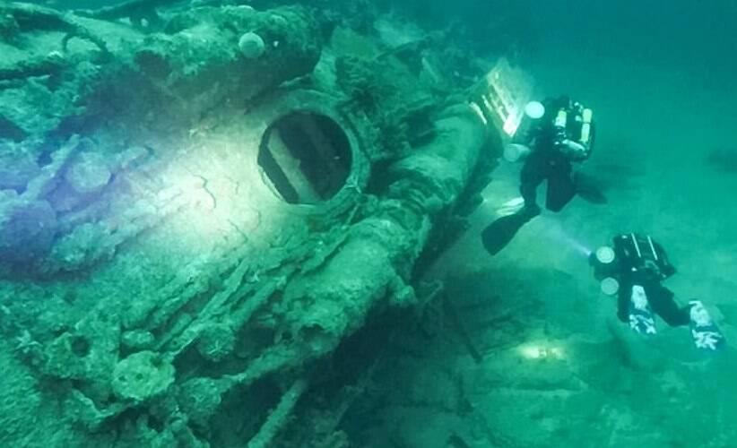 Divers Explore Sunken U Boat