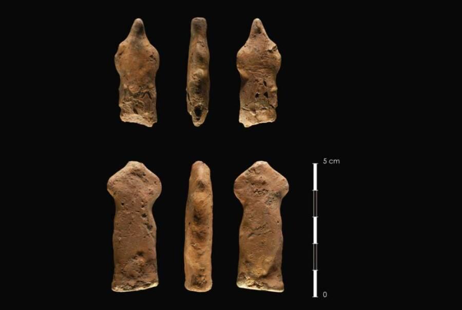 Flint Figurines From Jordan