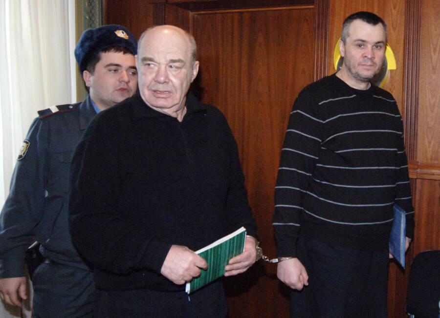 Semion Mogilevich As Sergei Schneider