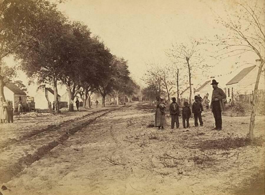 Les quartiers des esclaves sur la plantation Drayton