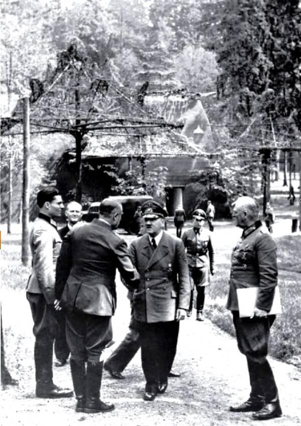 Hitler At Wolfs Lair