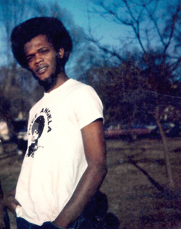 Samuel L. Jackson Wearing An Angela Davis Shirt