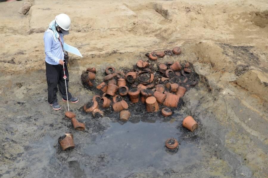 Umedahaka Funeral Urns