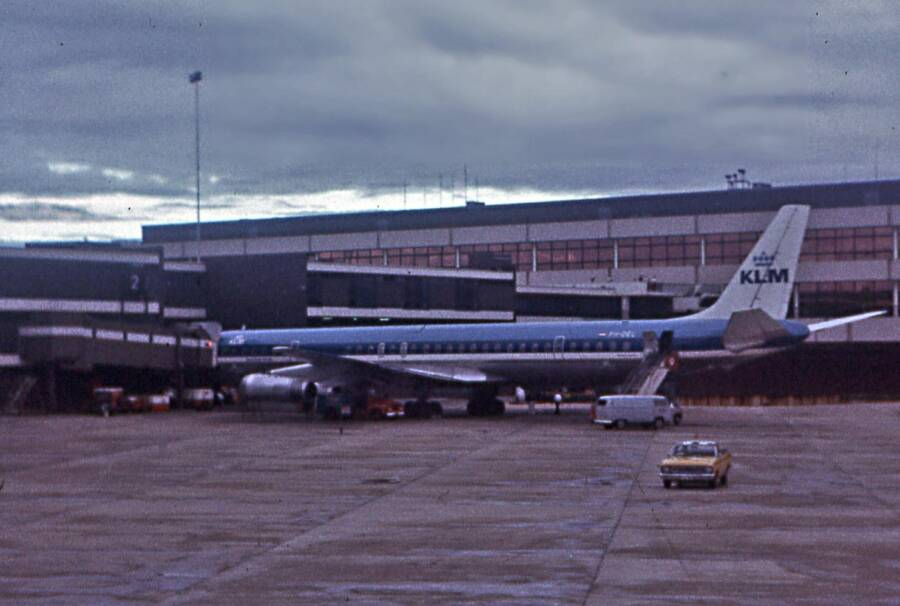 Douglas Dc 8 At Sydney Airport