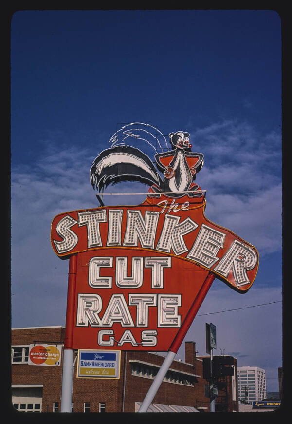 Stinker Cut Rate Gas