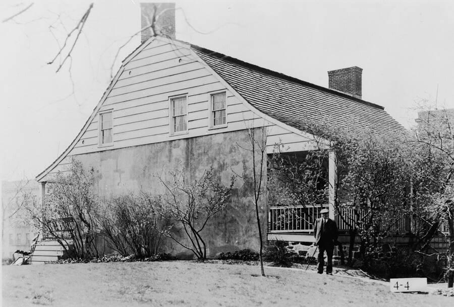 Dyckman House Exterior