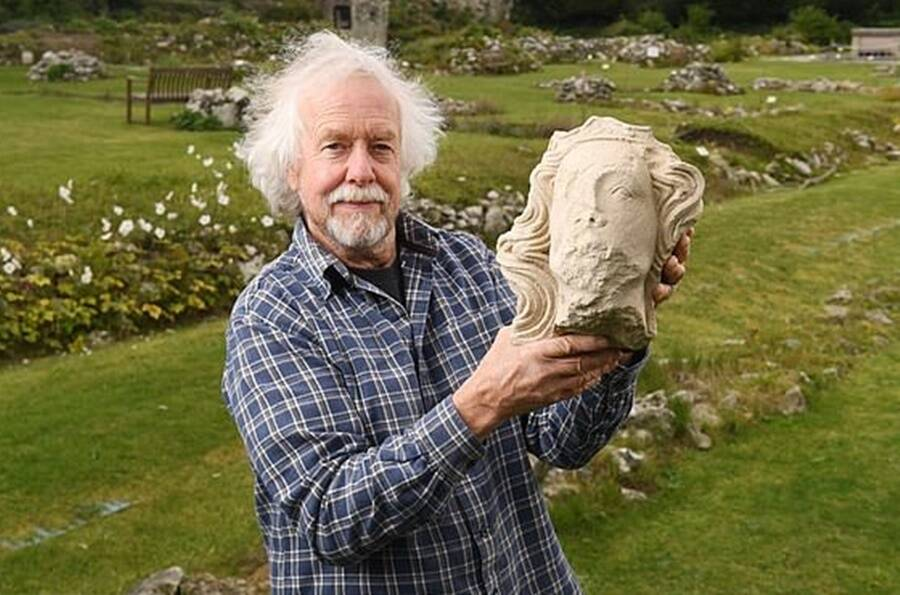 Stone Head Of King Edward II