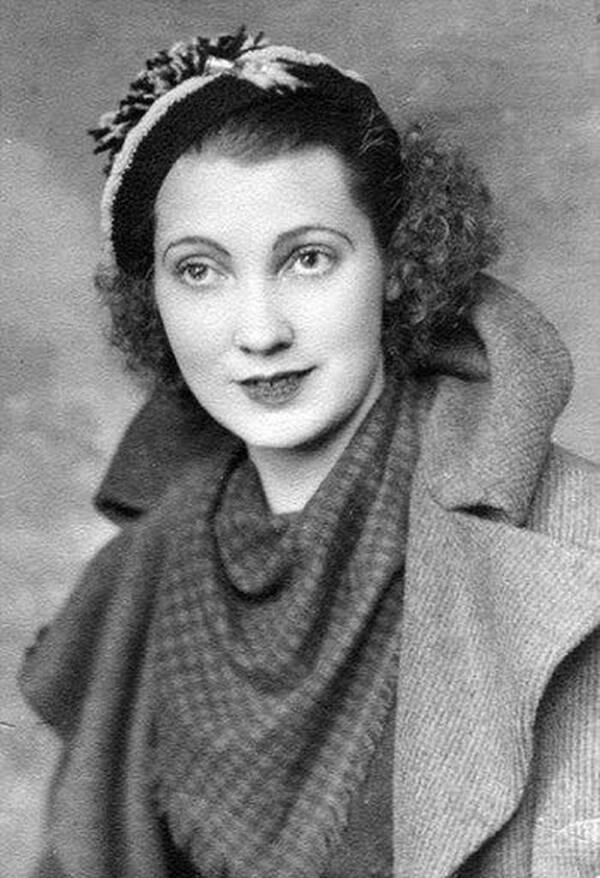 Mary Anne Macleod