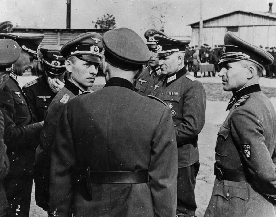 Gehlen Speaking With Officers