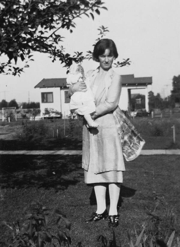 Gladys Pearl Baker Holding Baby Norma Jeane