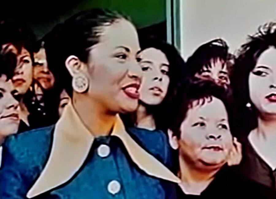 Selena And Yolanda