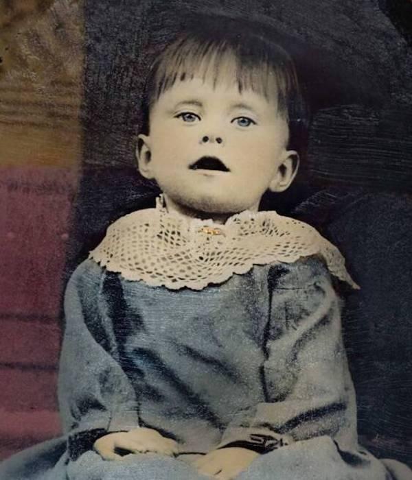 Dead Victorian Child