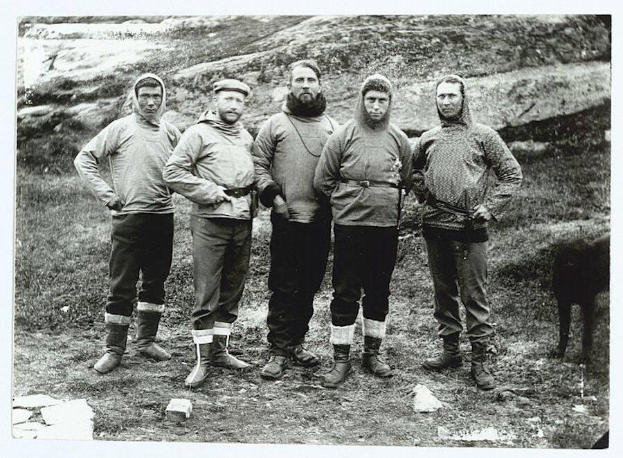 Jørgen Brønlund And Team