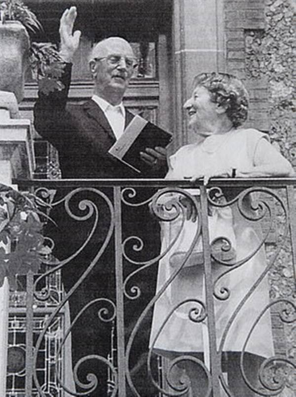 Alice Frank dan Suaminya