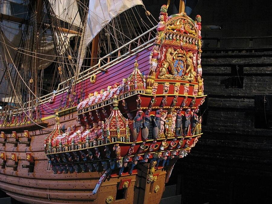 Intricate Vasa Carvings