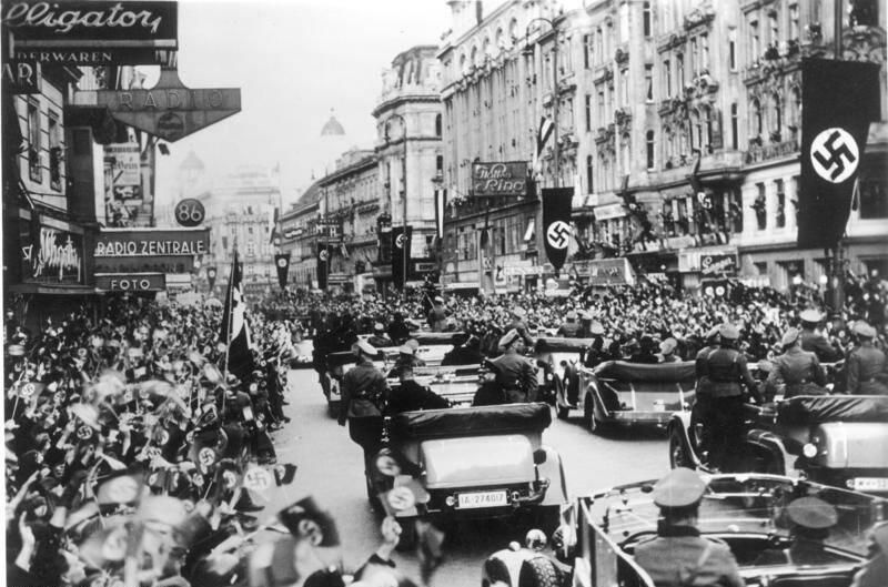 Nazis Arrive Vienna