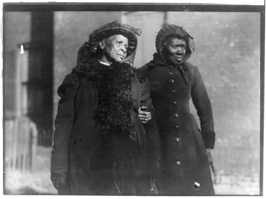Elizabeth Berkeley And Sadie Thompson
