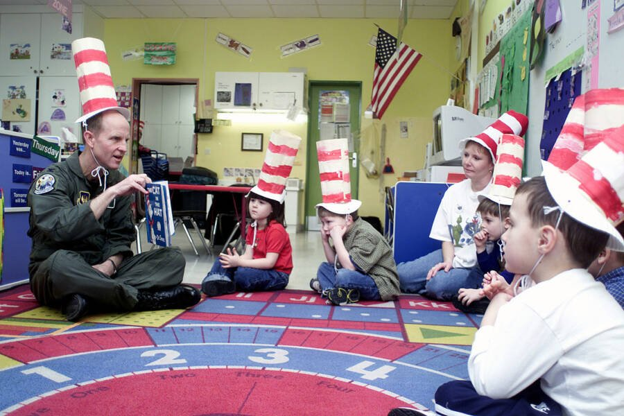 Kids Reading Dr Seuss