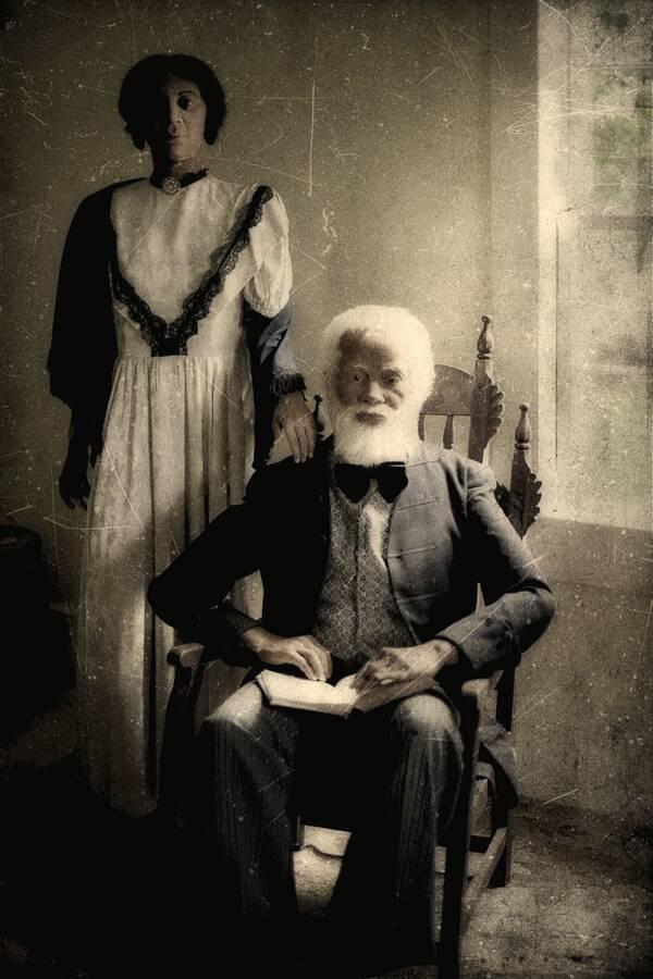 Josiah Henson Manniquin