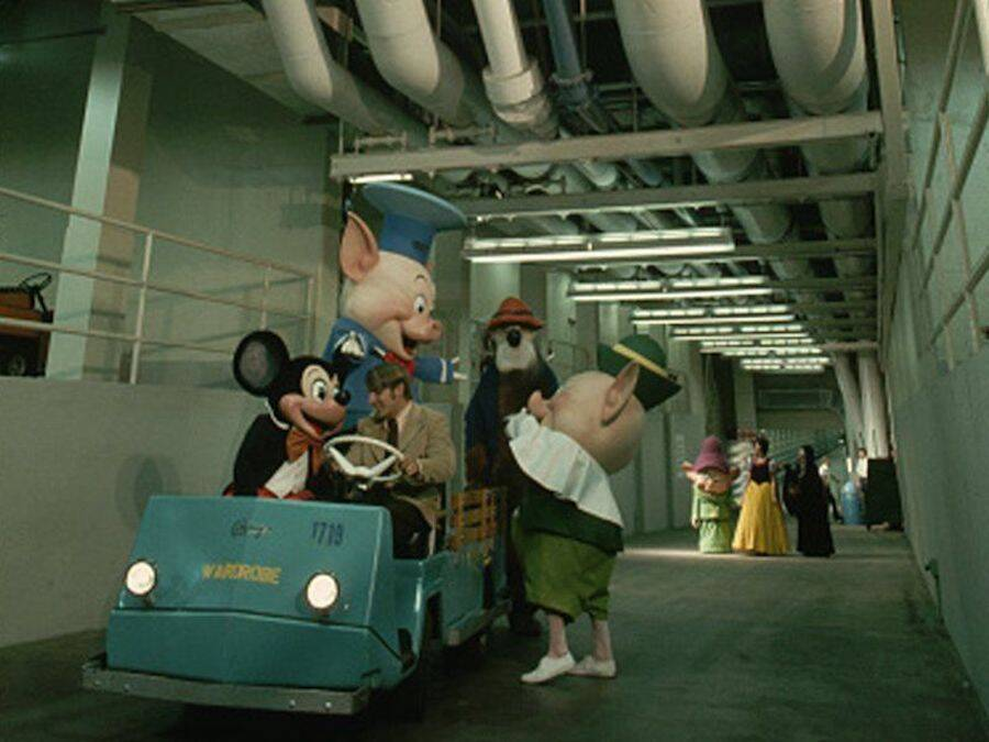 Disney Tunnels Shuttle And Cast Members