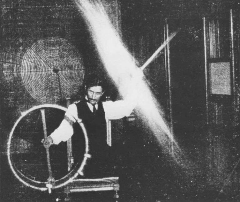 Nikola Tesla Experimenting