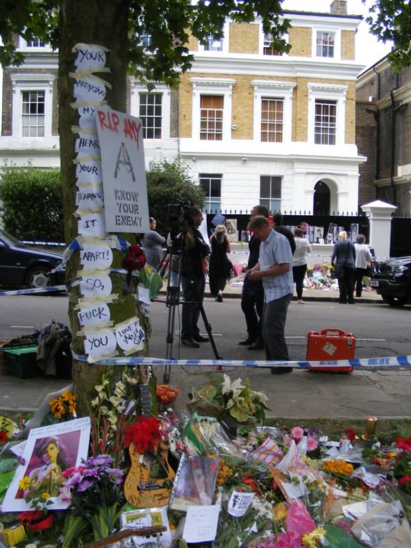 Tributes In Camden