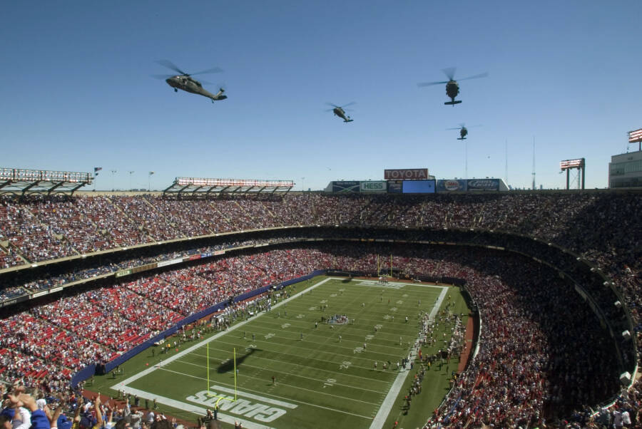 Helicopters Over Giants Stadium