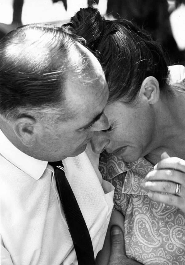 Jim And Nancy Beaumont Hugging