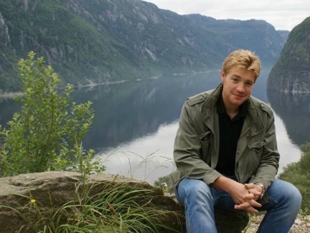 Lars Mittank By Lake