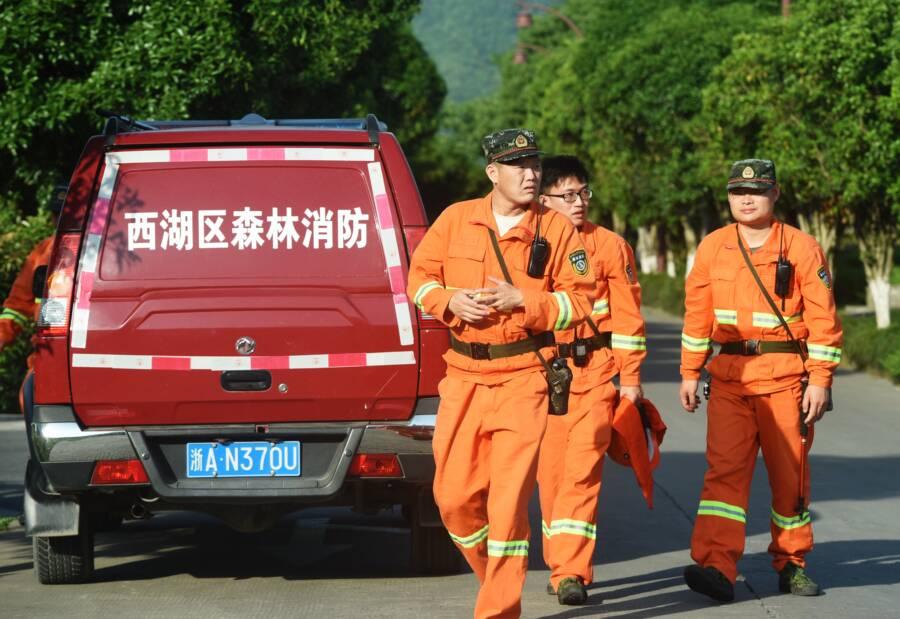 Workers At Hangzhou Safari Park