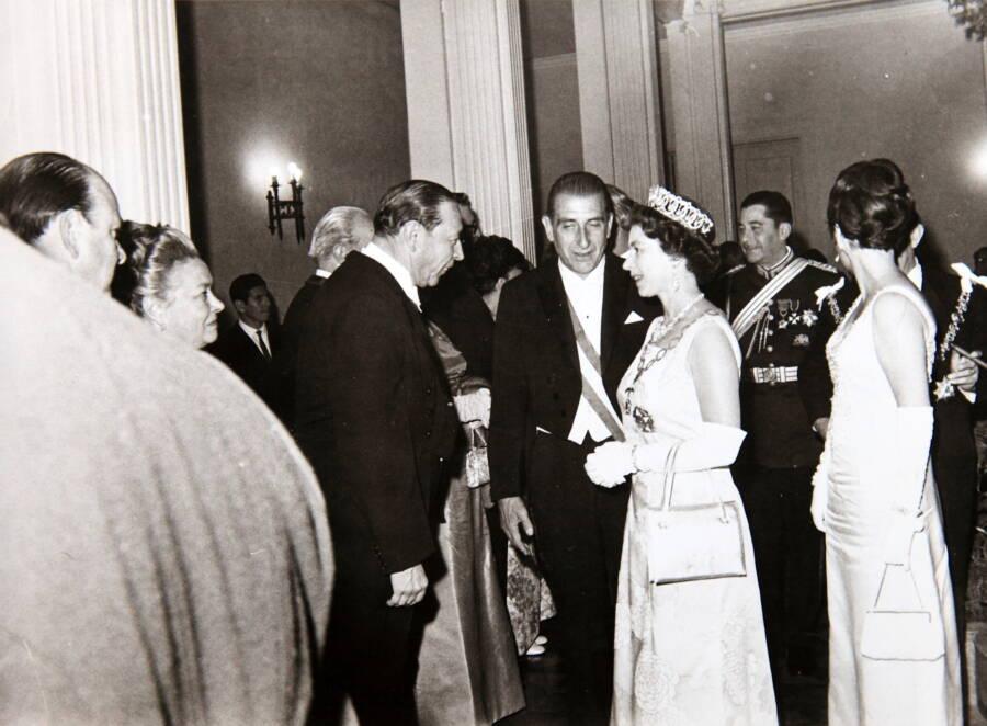 Queen Elizabeth 1968