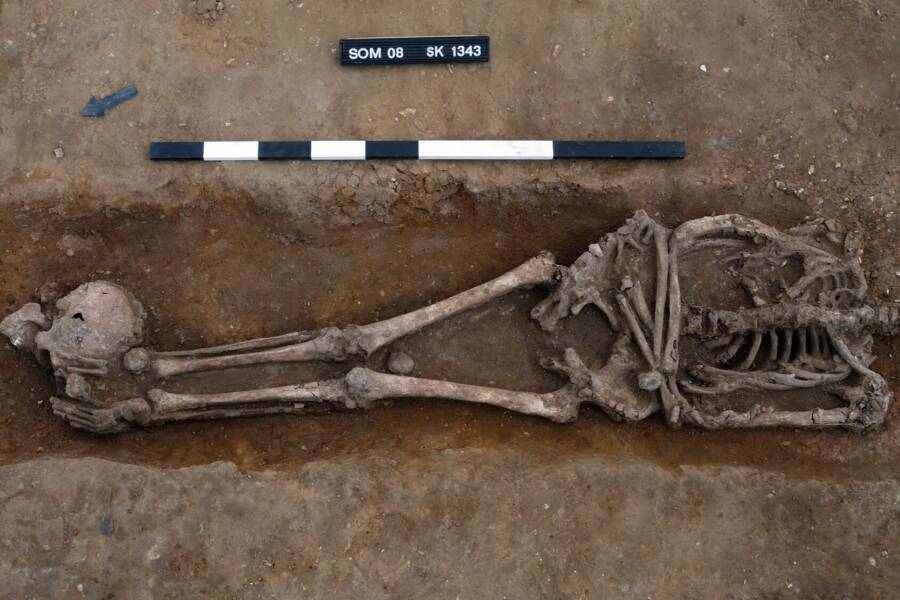Skeleton With Head At Feet