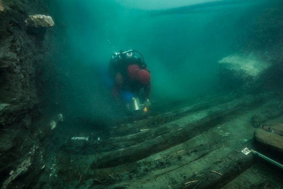 Diver In Sunken City Of Thonis Heralceion