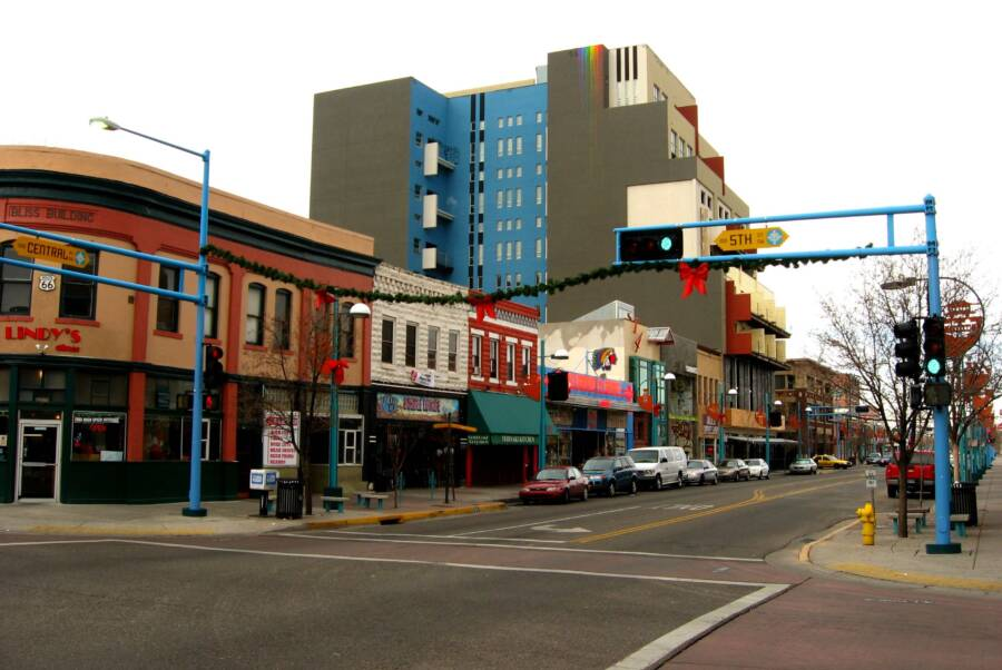 Central Avenue In Albuquerque