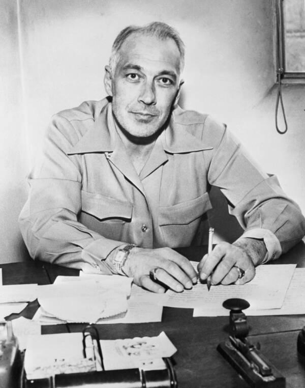 Detective Edgar Croswell
