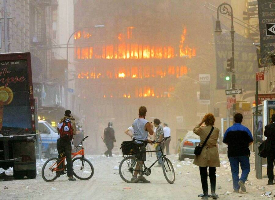 New Yorkers And Burning Building