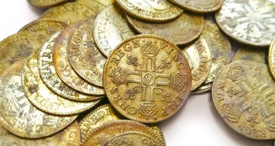 Construction Workers Discover 239 Rare Gold Coins Dating Back to 1638 Hidden In The Walls Of A French Mansion