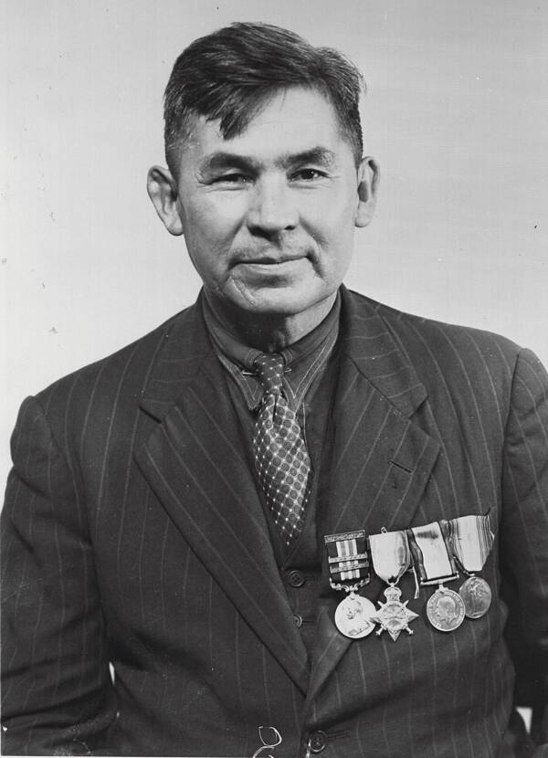 Pegahmagabow In 1945